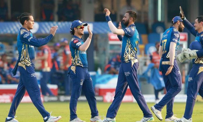 Defending champions Mumbai Indians beat SRH by 34 runs