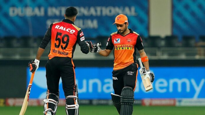 SRH Won by 8 Wickets As Pandey and Shankar Put On A Show